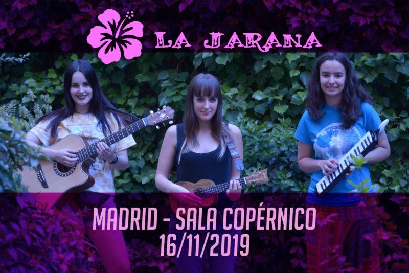 las tres componentes de la jarana, en una foto con sus instrumentos musicales