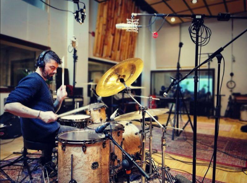 Ivan Guevo empieza a grabar baterias para el cuarto disco de no konforme