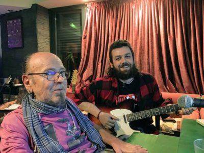 Luis No Konforme trabajando en la produccion del disco junto a Tony Lopez